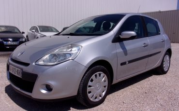 Renault Clio III 1.5 DCI 70CH AUTHENTIQUE ECO² 5 portes